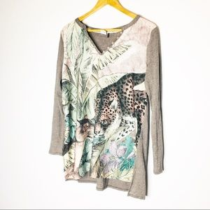 AKEMI + KIN Athropologie Womens Cheetah Graphic